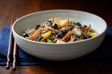 Soba Noodle Salad with Blueberries