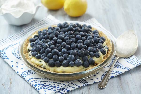 Blueberry Lemon Pudding Pie